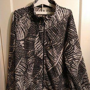 Front Zip Jacket   long sleeves black white
